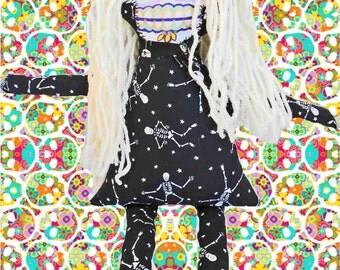 Gothic Rag Doll - Skull Facel Doll - Creepy Doll - Cloth doll - Sugar Skull Doll