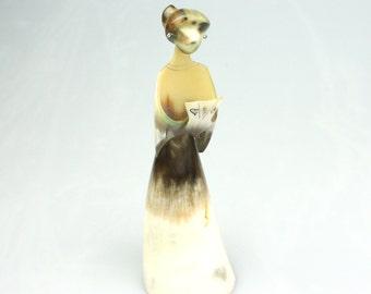 Carved horn women, girl statue,hand carved bird,bird decor,bird carved from horn bone,
