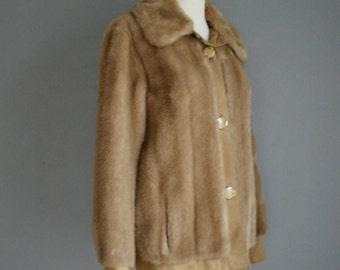 Vintage TOCCI 70s FAUX FUR Tan Jacket (s-m)