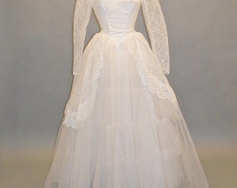 1950s Wedding Dress, Vintage 50s Wedding Dress, White Tulle and Lace Bridal Dress