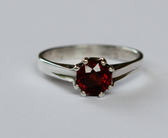 Natural .50ct  Garnet Solitaire Engagement Ring In Argentium Stering Silver SZ 6