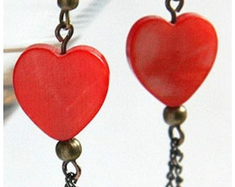 4th July Red Heart Earrings Mother of Pearl Earrings Antique Bronze Chain Dangle Steampunk Vintage Style gift for Woman Mom Girlfriend