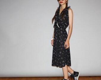 Vintage 1970s Semi Sheer Black and Ivory Boho Midi Graphic Dress  -  1970s Wrap Dresses  - 70s Sheer Dress  - WD0880