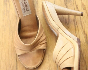 Vintage 70's Tan Leather Mules with Wooden Heels by Cherokee of California