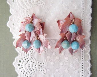 1940s Autumn Leaf earrings / Dusty Mauve Celluloid Leaves with blue berry beads 1940s-50s vintage clip earrings