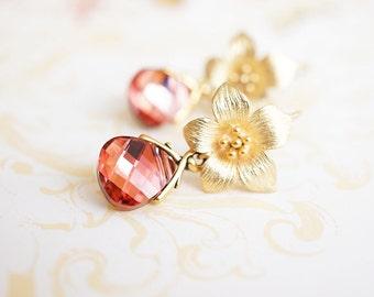 Earrings, Gold Earrings, Crystal Earrings, Flower Earrings, Dangle Earrings, Drop Earrings, Bridesmaid Earrings, Gift for Her, Pink Earrings