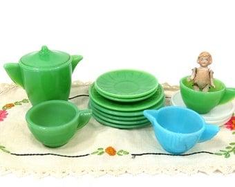 Vintage Akro Agate 15 Piece Child's Toy Tea Set, Green, White, Blue, Tea Party