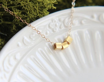 SALE, Cube Necklace, Three Cube Necklace, Gold Cube Necklace, Geometric Necklace, Tiny Cube Necklace, Minimalist Jewelry, Everyday Necklace