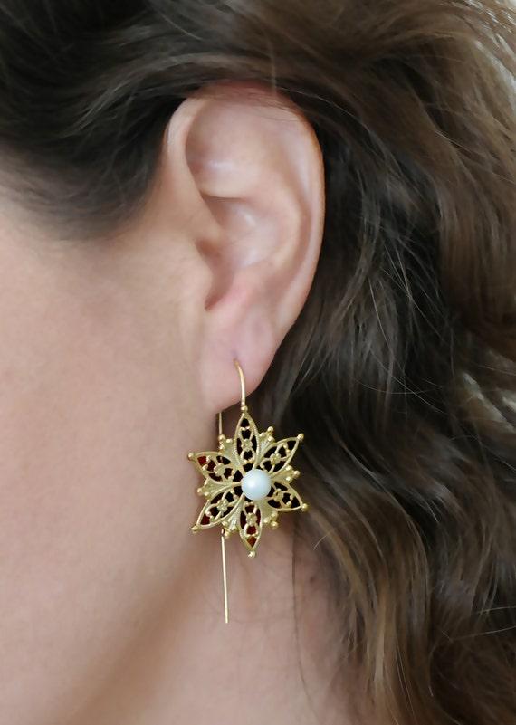 Women's Gift,Gold Flower Earrings, Gold Filigree Flower Earrings,Wedding Gold Earrings,Bridal Pearl Earrings,Wedding Earrings ,Gold Earrings