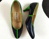 80's leather colorblock stripe heels shoes 1980's green blue Bob Baker grid pumps / Mondrian / Mod / sporty / classic / size 9 M