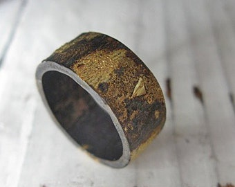 Rustic Mens Wedding Band Scorched Earth Black Gold Ring Mens Wedding Ring Gold Silver Ring Artisan Wedding Band Unique Ring Wedding Textured