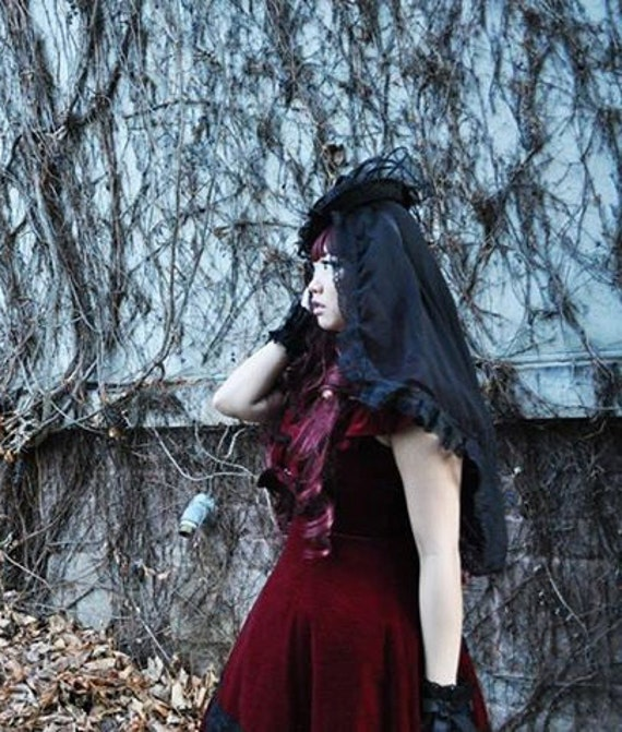 LOLITA Mourning Veil - Sheer  Illusion and Lace -Shoulder Length-Gothic Victorian Wedding Bridal Black Widow Funeral Veil