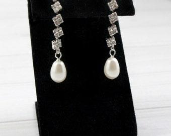 Cubic Zirconia Earrings, Bridal Earrings, CZ Earrings, Drop Earrings, Crystal Earrings, bride, Long Earrings, Rhinestone earrings, Statement
