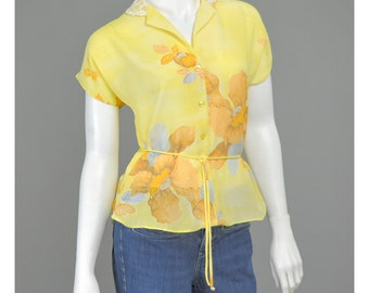 25% OFF - 70s Blouse Chiffon Blouse Yellow Floral Blouse Lace Collar Summer Blouse Tropical Print Hawaiian Blouse 1970s Blouse S/M