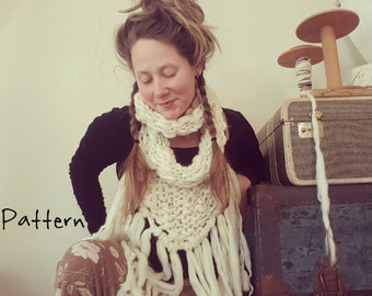 Infinity Bandana Cowl Knitting Pattern Bulky Yarn Yospun Fringe simple easy fun unique