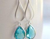 Silver Aquamarine Drop Earrings.  Aquamarine Teardrop Drop Earrings.  Gift for Her.  Dangle Earrings. Modern Drop Earrings. Christmas Gift.