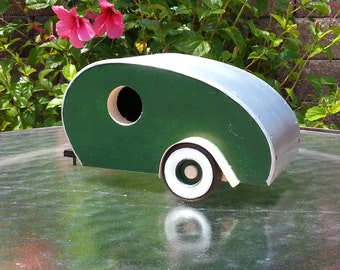 Tear Drop Trailer Birdhouse -Dark Green, Tan trim, Green wheels