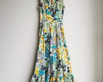 Vintage 1970s bright floral ruffled hem dress