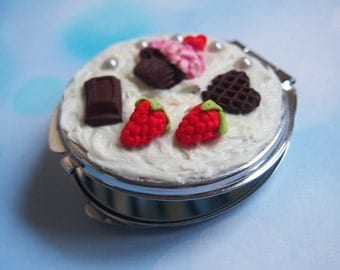 Food Miniature Compact Mirror ( cute gift for her sweet compact mirror mini food fake food silver mirror polymer clay whipped cream )