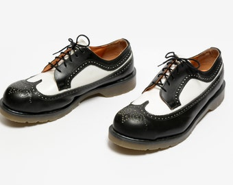 vintage 90s Tredair black white spectator wingtip oxford creeper steel toe rockabilly Doc Martens style brogue shoes mens US 11