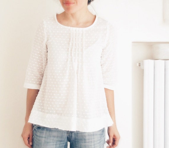 White pleated blouse for women, japanese style top, cotton pleated shirt. Sizes S to XL. Made to order.