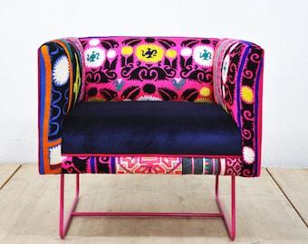 Suzani box armchair - pink rose