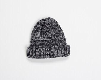 SALE -50% Fisherman beanie - charcoal and white mix wool yarn - handmade knitting