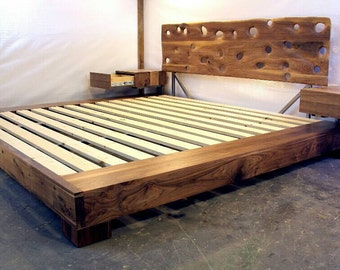 SeattleSand Platform Bed with Floating Night Stands