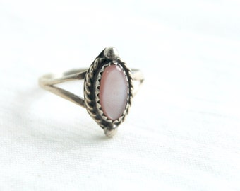 Pink Mother of Pearl Ring Size 6 .75 Vintage Southwestern Dainty Jewelry Gift for Her