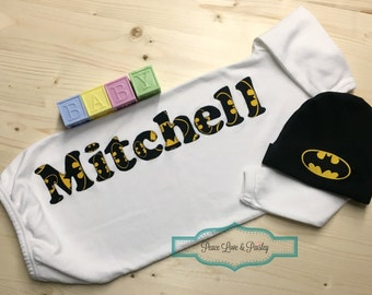 Personalized Baby Boy Gown and Hat Set, Batman Baby Outfit, Personalized Baby Boy, Newborn Gown, Batman Gown and Hat Set, Batmant Baby