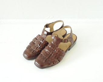 Vintage Bass Woven Leather T Strap Sandals womens 7 1/2