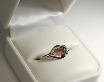 Pink Schiller Faceted Cabochon Oregon Sunstone Ring Size 8 in Sterling Silver 1.2cw #683