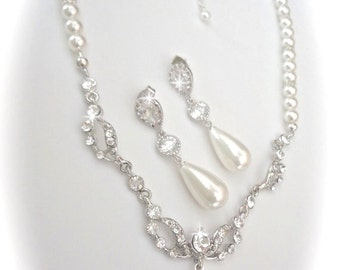 Pearl jewelry set ~ Pearl drop necklace and earring set ~ Wedding jewelry set  ~ Brides pearl set ~ Formal jewelry ~ Bridal jewelry set ~EMI
