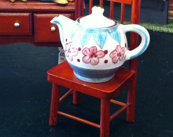 Tiny Teapot for the Collector's Pleasure