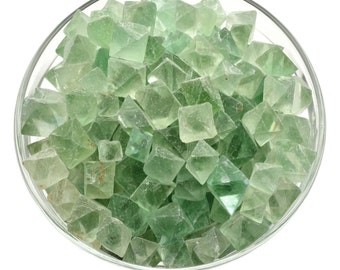 """10 gm FLUORITE OCTAHEDRON """"Cleavages"""" Mini Stone Green (About 6 pieces) Healing Crystal, Stone, Medicine Bag Jewelry & Crafts #FL1"""