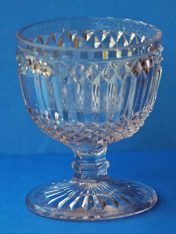 Scarce Antique Vintage FLINT No 67 GROOVE n DIAMOND Egg Cup, Early Prism w/ Diamond Point or Mt. Washington Pattern, Ca 1861-74