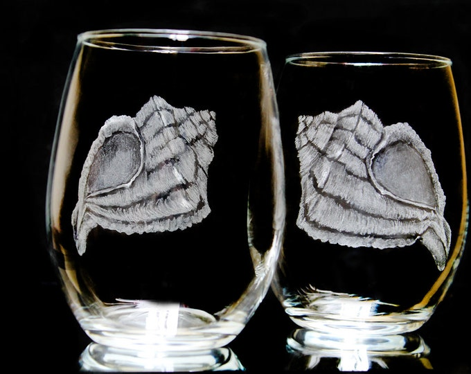 Summer Wine glasses  beach wine glass set - personalized wedding gift hand engraved glass conch shell etched entertaining wine lovers