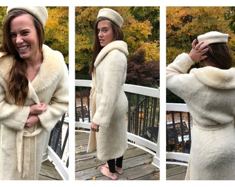 CLEARANCE Vintage Gorgeous Icelandic Wool Polar Knit Wrap Sweater Robe Coat Belted Tie Lined Sherpa 100% pure wool S Small Ivory Off White
