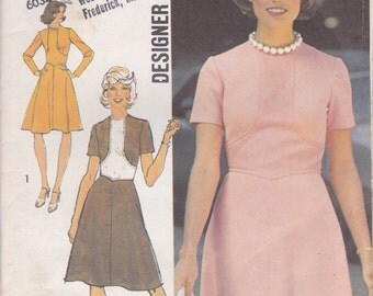 Nice 70s Seam Interest Dress Pattern Simplicity 6145 Size 12 Uncut