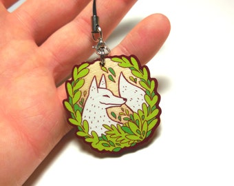 wooden white wolf charm, 1.5 inch charm, wolf charm
