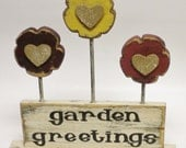 Primitive Wood Flowers with Sign, Spring Garden Decorations, Painted Signs