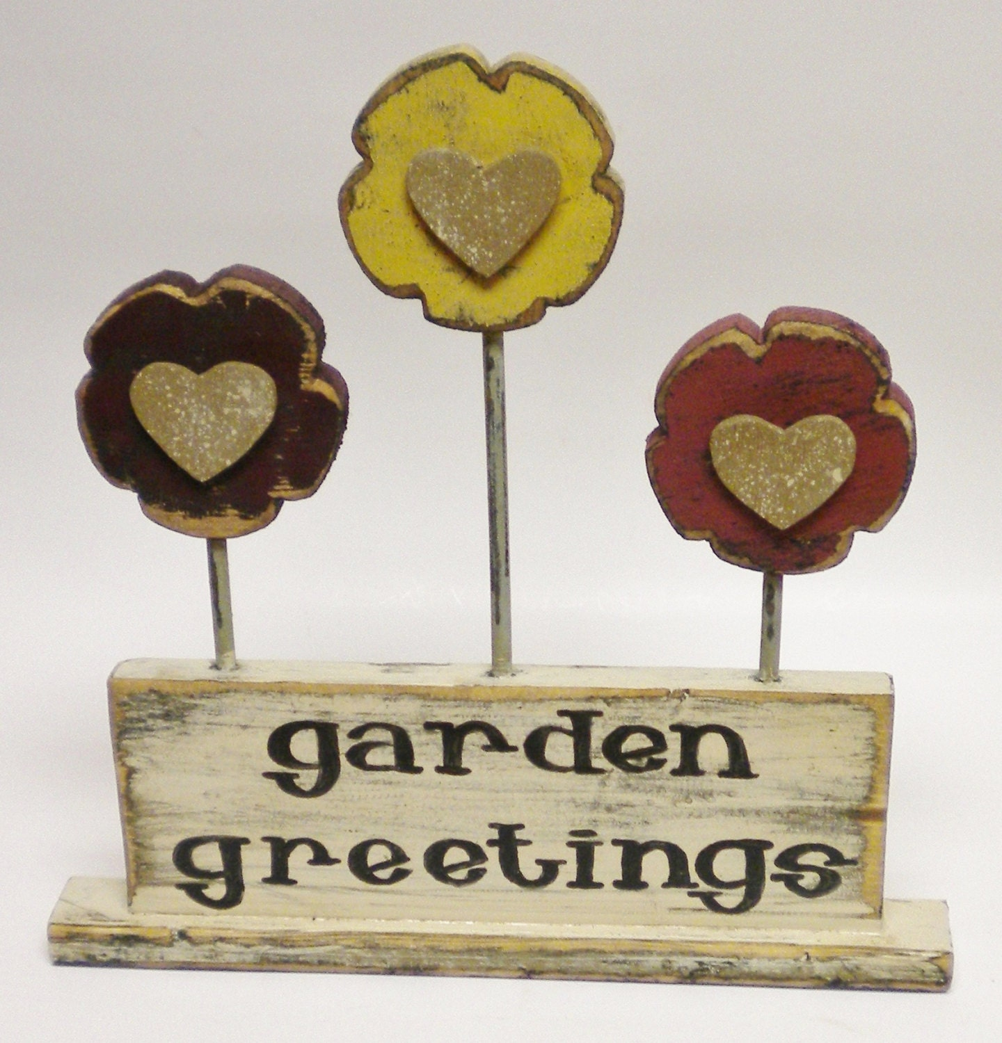 Garden greetings sign spring decor primitive accents for Outdoor decorative signs