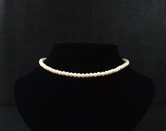 Single Strand White Faux Pearl Necklace