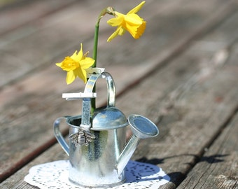 6 watering can favors mini watering can tin watering can garden wedding rustic wedding garden party. beautiful ideas. Home Design Ideas