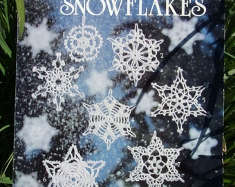 Crocheted Snowflakes by American School of Needlework book 1025(25) By Mary Thomas, Vintage Crochet Pattern