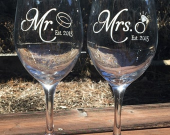 Mr. Mrs. Wine Glass, Wine Glass Etched, Engraved, Wedding,
