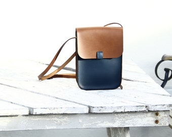 handmade leather bag,night blue and brown vegetable tanned leather by Genati, small crossbody leather bag, man,woman