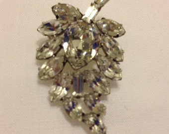 SALE -Vintage Rhinestone Leaf Brooch Pin