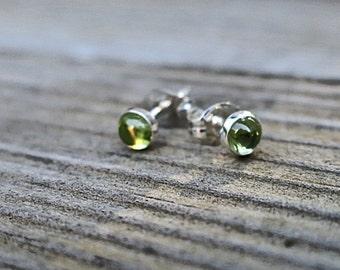 Vintage 925 Genuine Peridot Stud Earrings