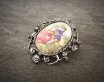 vintage brooch fragonard scene romantic couple man woman 18th century marie antoinette french filigree frame